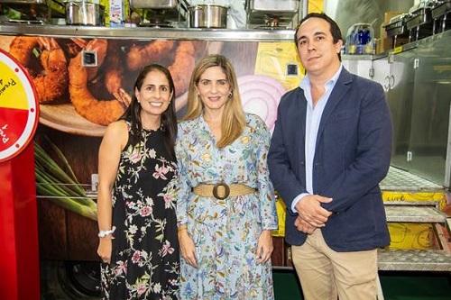 De izquierda a derecha: María Fernanda Bernal, gerente de Planeación Estratégica de Nestlé Ecuador; Doménica Tabacchi, ex – vicealcaldesa de Guayaquil y Javier Candel, gerente cuentas Claves de Nestlé Ecuador.